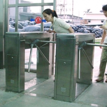 Dongguan factory right angle three roller gate